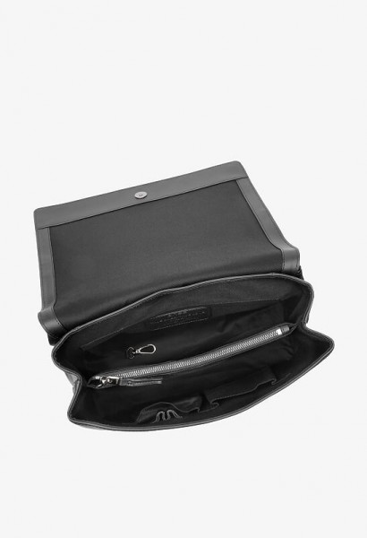 black/grey reptil flap W18