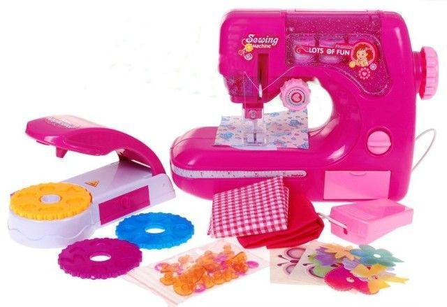Dětský šicí stroj na baterie s doplňky