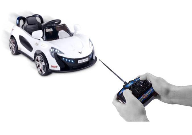 Elektrické autíčko Toyz  Aero - 2 motory a 2 rychlosti žluté