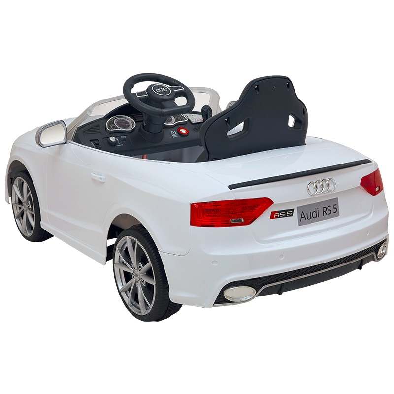 Elektrické autíčko Audi RS5, čalouněná sedačka