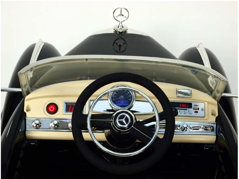 Elektrické autíčko Mercedes Benz 300S, 2,4GHz, EVA kola a FM rádio