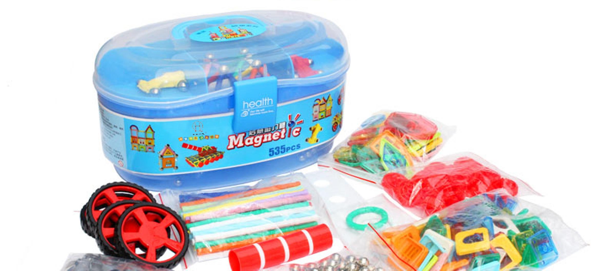Magnetická stavebnice v kufříku, 535 dílů