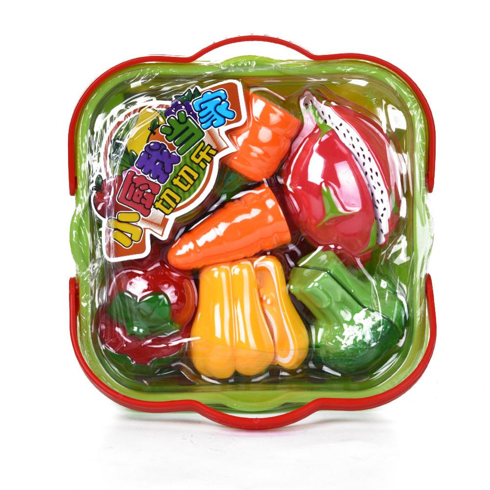 Ovoce a zelenina v košíku + váha