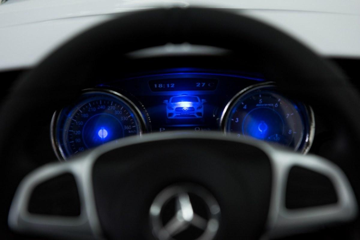 Elektrické autíčko Mercedes-Benz SL65 AMG LAK