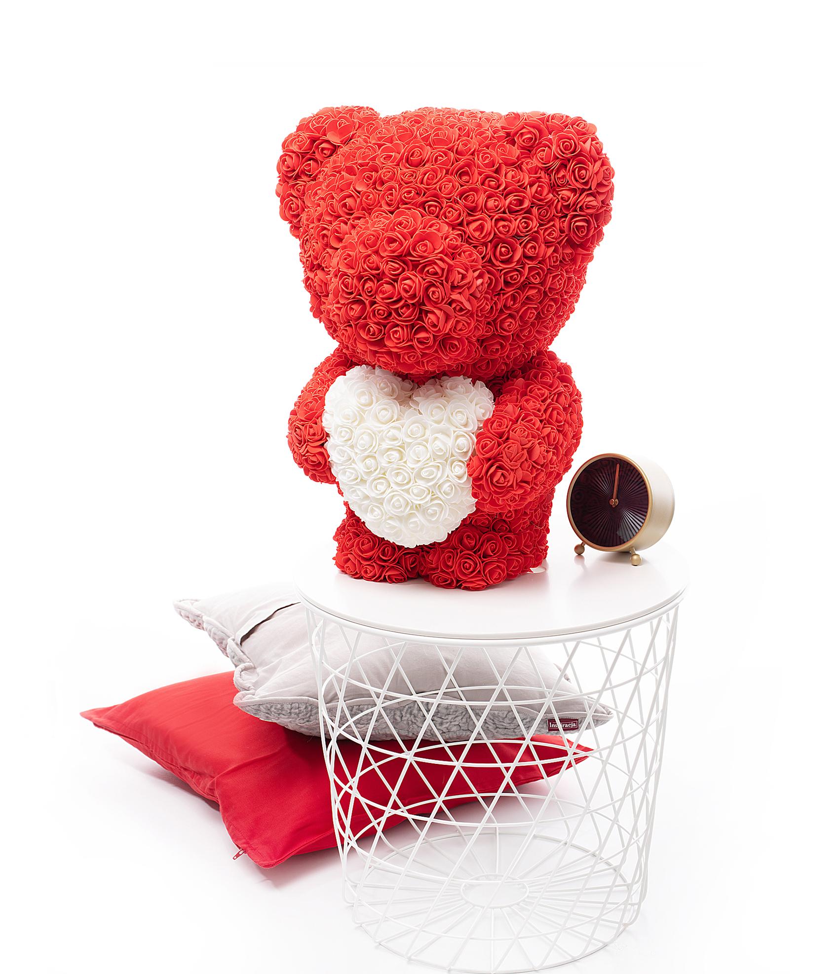 Medvěd z růží se srdcem 40 cm